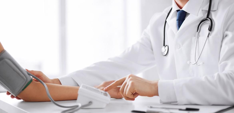 Dreptul la tratament şi îngrijiri medicale